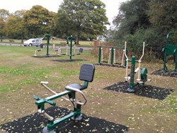 Medstead Parish Council Medstead Adult Gym Equip.