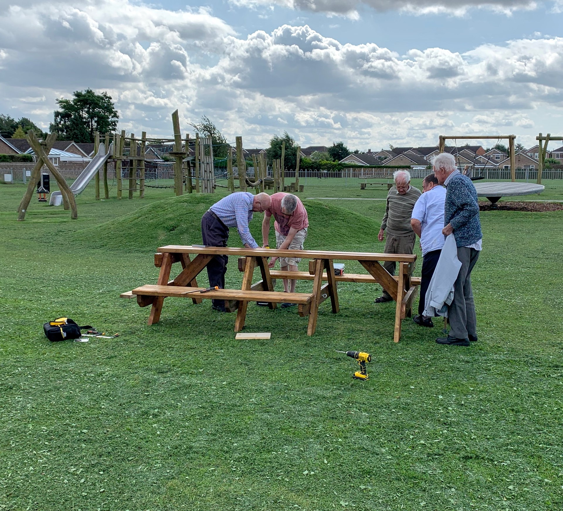 Assembling the Mancroft Picnic Table