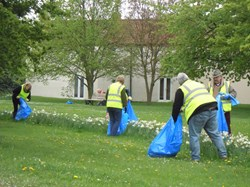 Litter picking on the Green