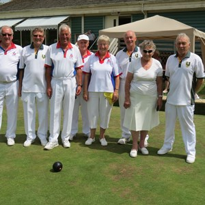 Rink 2: Les Lester, Mike Etherington, Sheila Cotterell, Andy Hunt (23) Mike Poole, Diane Ingle, Jim Lucas, Bill Smith (21)
