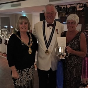 BE Presidents Dinner T.Robinson,B.Smith, Sue Allen