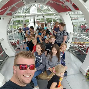 Visting the London Eye 92017)