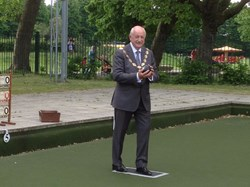 Walthamstow Borough Bowls Club MAYOR CLLR HERRINGTON