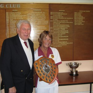 Ladies 2 Wood - Winner Lyn Boniface