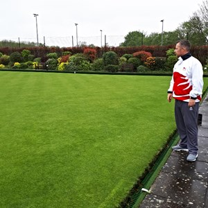 looks a lovely bowling surface (and David met Frank the Greenkeeper at his home later in the day to pass on his praise for the green)