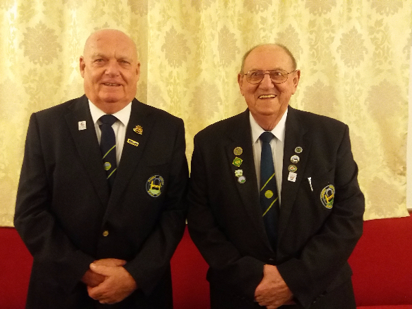 President Mal Croson on the right taking over from Syd Forbes at the AGM 24th November 2017