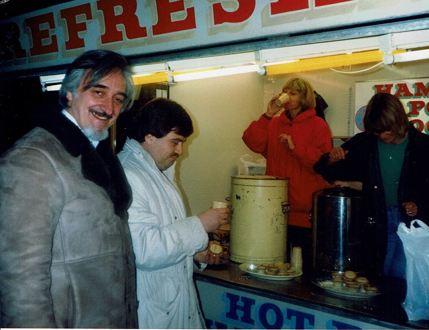 The late Dave Hall and Safeway Manager Phil