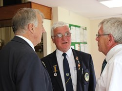 President Stewart Allison of Wiltshire thanks President Alan for hosting the Middleton Cup