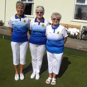 Di Roper, Beryl Ellis, Moyra Owen Ladies Triples Winners