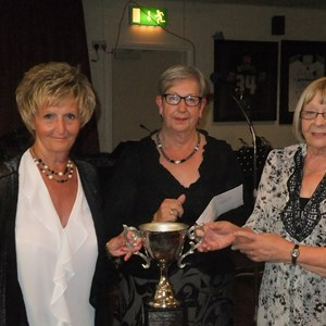 2017 Hilda Leng winners - Joan Russell and June Robinson