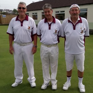 Mike Groves (left) beat Rod Troake (right) in the 2017 Open Final. Mark Phillips (centre) marked the match.