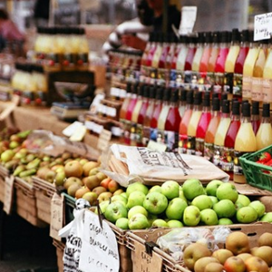 London Farmers Market - Fruit and juice
