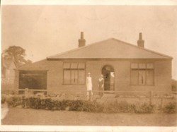 Annie Lois Hoe lived at 'Salvo' 26 Station Road with her secodn husband William Wright of Berwick upon Tweed