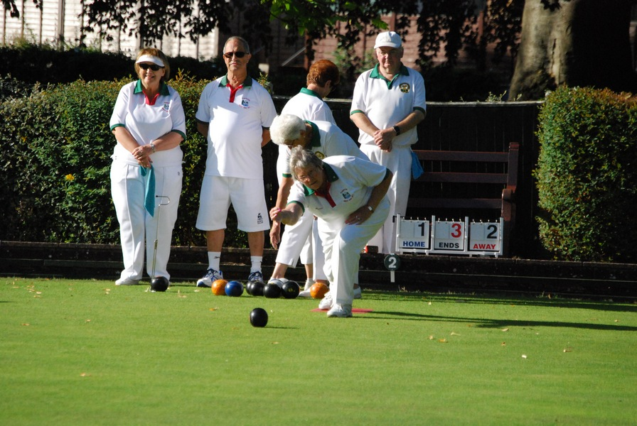 Tiverton West End Bowling Club Ken White Trophy 1-9-19