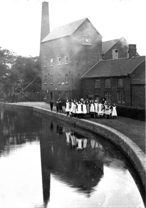 The Donnington Wood Mill and Canal from around 1890.