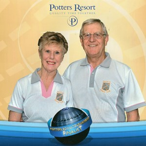 David & Valerie fly the colours for the club and gain a runners up title at Potters Norfolk in the short mat pairs