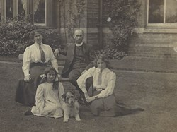 Canon Gould and family. Gould was the vicar at North Church during WW1
