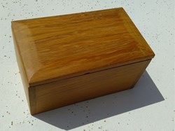 Duncan's first attempt at a small box. Many thanks for the instructions from Ted.