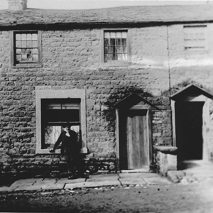 Mr Wilcox, Chapel Hill Cottages - demolished 1963