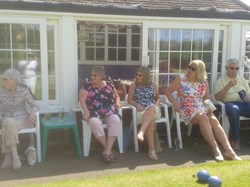 Cranleigh Wifes enjoying the day at Windsor