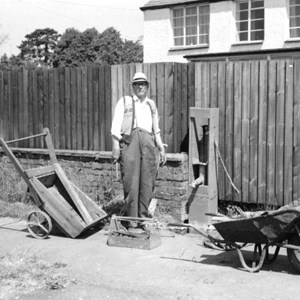 Rufus Pegram mending pump 11 Kelmarsh Road 1968