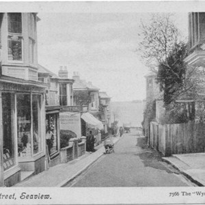 Old photo of the Seaview high street