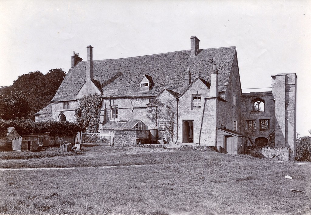 Bradenstoke Priory c 1920