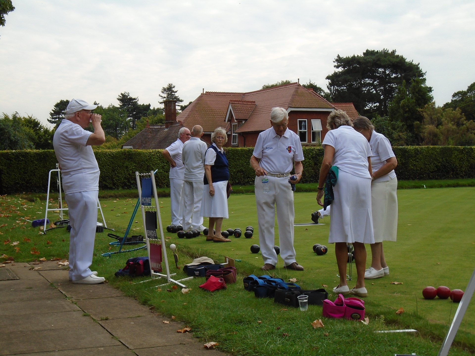 Bedford Bowling Club Fixtures/Leagues