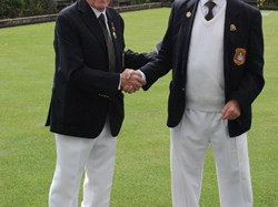 Bob French receives his Captains badge from President Ken Berry