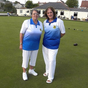 Chris Davies & Jane Williams Ladies Two Wood Pairs Winners
