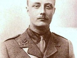 Capt. Thomas H C Woolley (28)