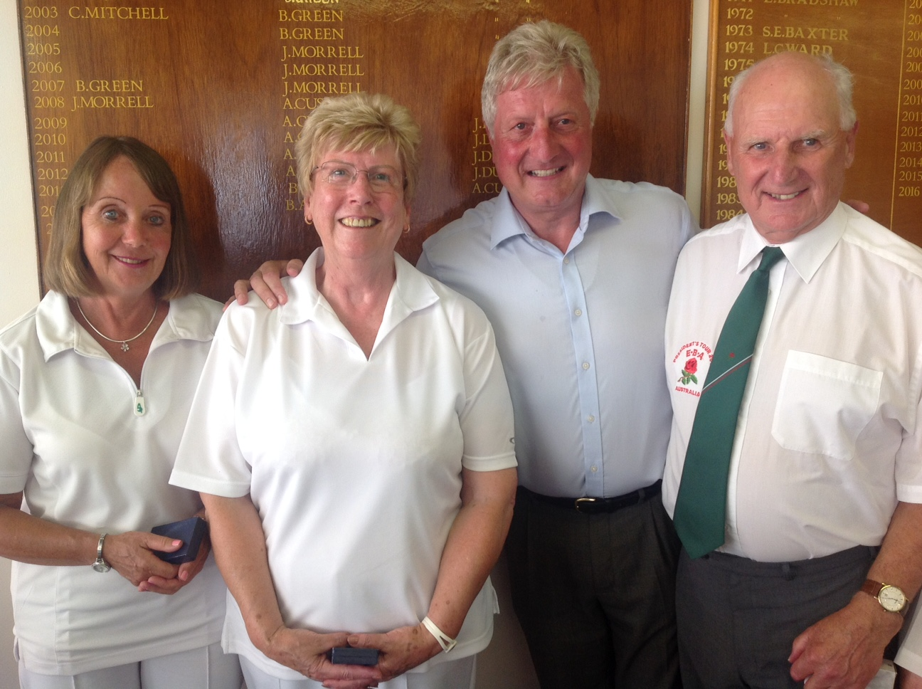 Tonys winning rink, left to right, Jacquie Yelland [Notts], Jenny McConnell [Leics - Melton Mowbray], Mike Poole [Herts] with Captain Tony