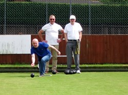 Mick (with hat) watches proper bowlers!!!