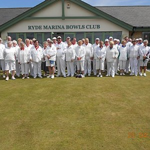 A Photo with both teams before the game. On a very windy afternoon a win for Ryde by 110 shots to 106 shots.