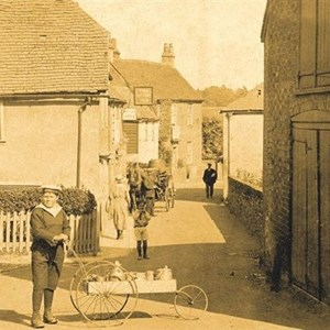 Lower High Street early 1900s