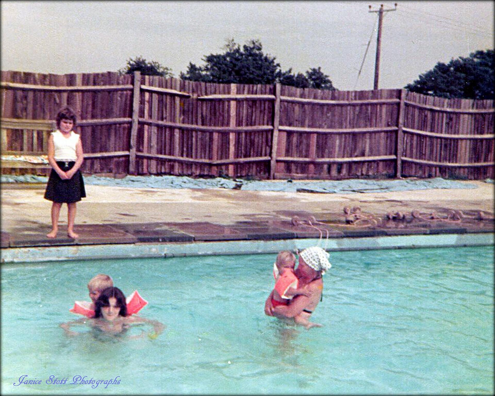 1970s Lordsfield Swimming Club Overton Basingstoke